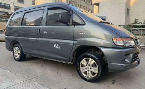 东风风行 菱智 2013款 菱智 V3 1.5L 手动 7座舒适型抵押车
