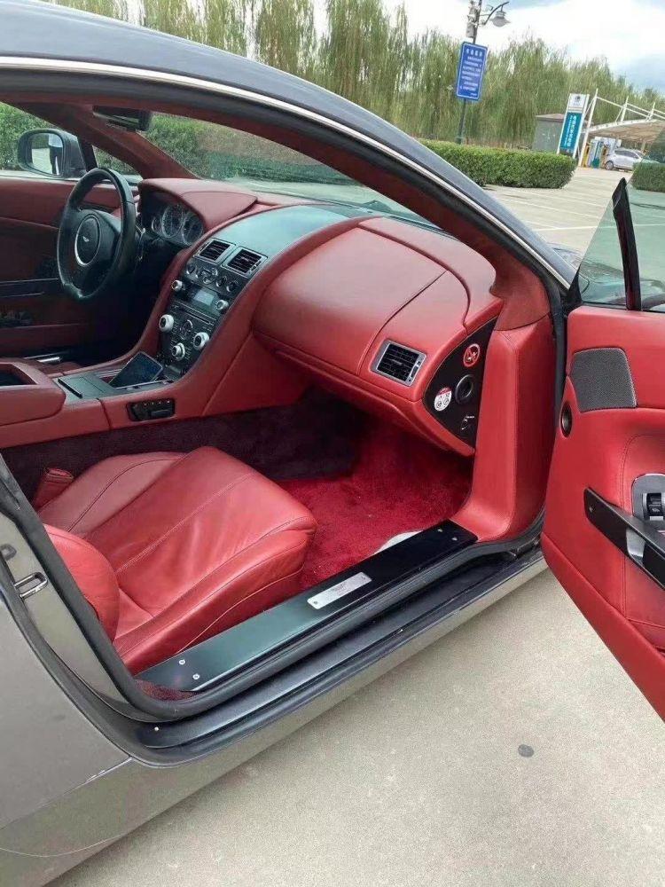 阿斯顿·马丁 V8 Vantage(进口) 2012款 V8 Vantage(进口) Sportsh