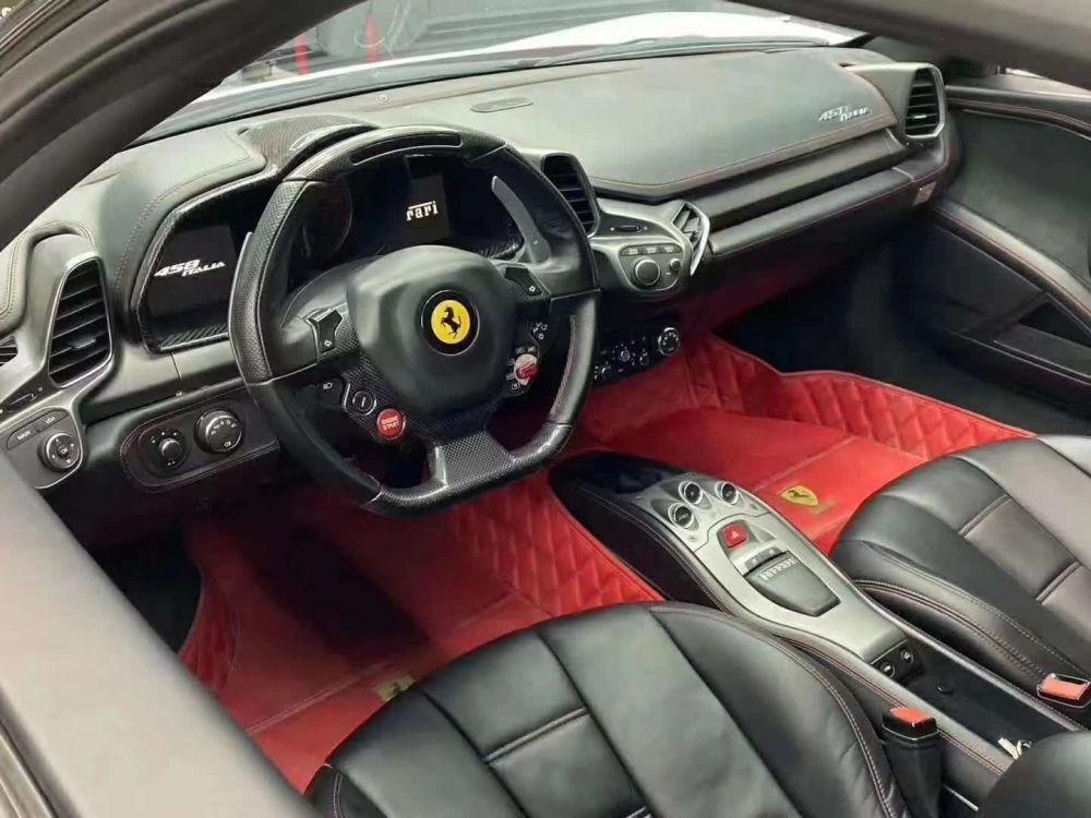 法拉利458(进口) 2010款 法拉利458(进口) Italia 4.5L 标准型