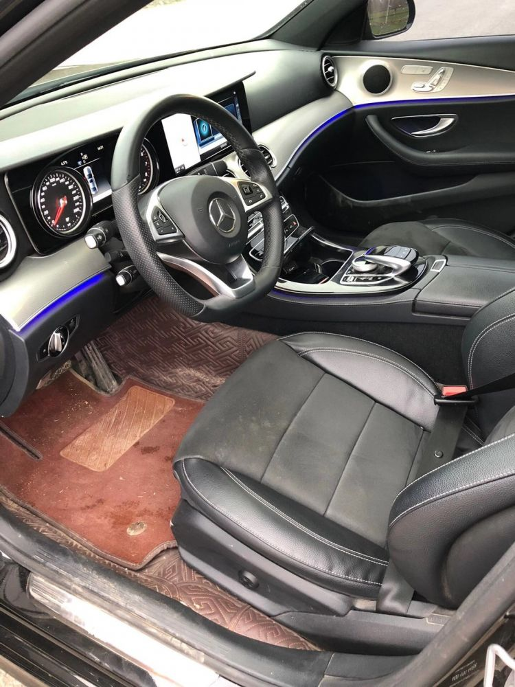 奔驰E级 2018款 奔驰E级 E 300 L 运动时尚型