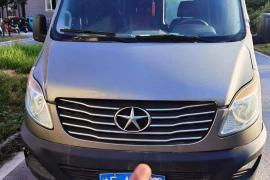 江淮 星锐 2017款 星锐 1.9T 短轴中顶星物流厢式运输车抵押车