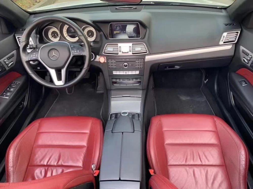奔驰E级 2015款 奔驰E级 E260L 运动豪华型