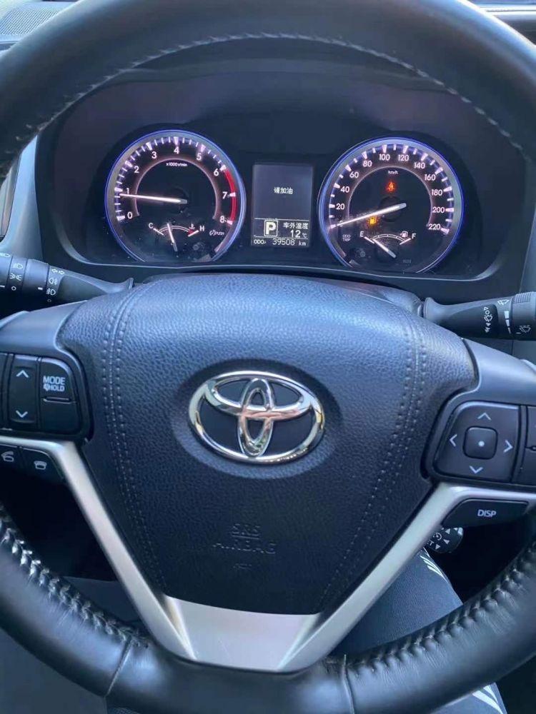 丰田 汉兰达 2017款 汉兰达 2.0T 四驱至尊版 7座