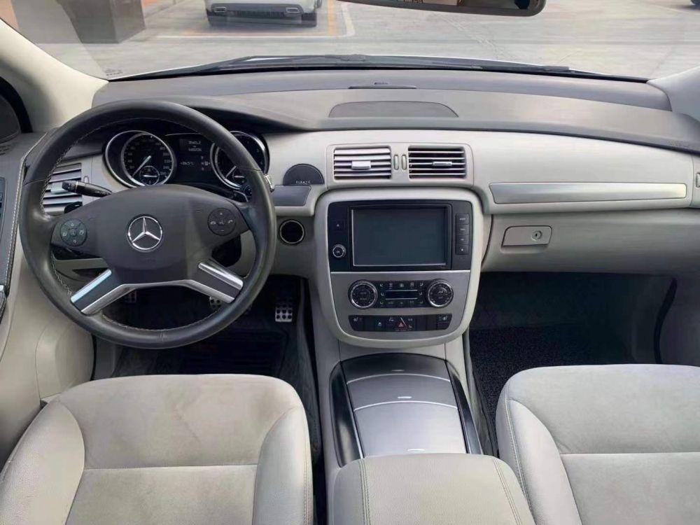 奔驰R级(进口) 2015款 奔驰R级(进口) R320 4MATIC豪华型