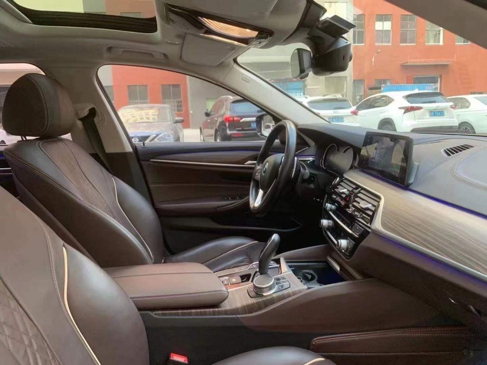宝马5系 2018款 宝马5系 改款 530Li 尊享型 豪华套装