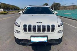 Jeep 自由光 2016款 自由光 2.0L 领先版抵押车