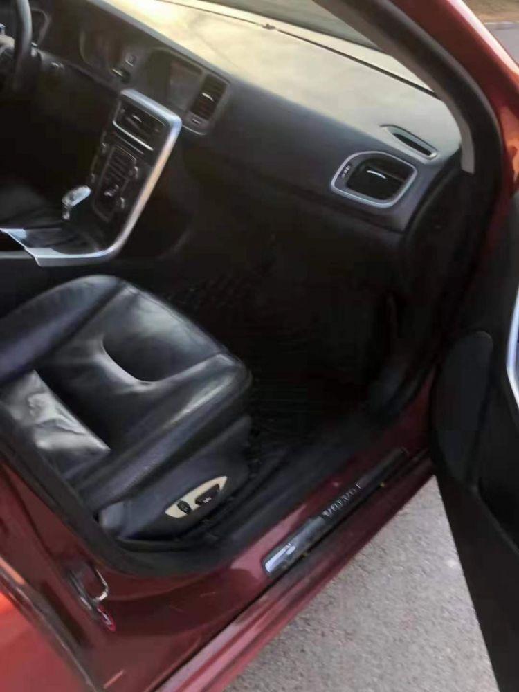 沃尔沃S60(进口) 2013款 沃尔沃S60(进口) 2.0T 手自一体 进取版