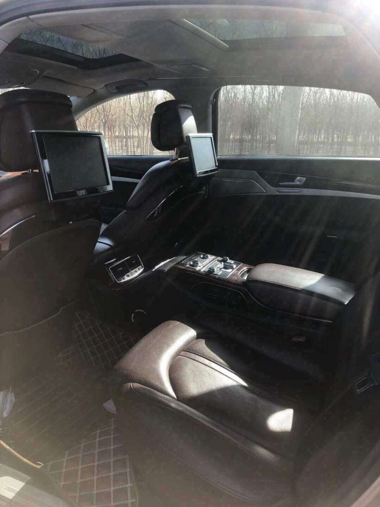 奥迪A8L(进口) 2012款 奥迪A8L(进口) 50 TFSI quattro 舒适型