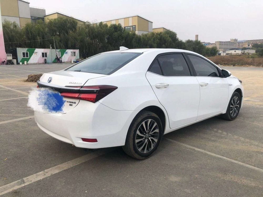 丰田 卡罗拉 2017款 卡罗拉 改款双擎 1.8L E-CVT 豪华版