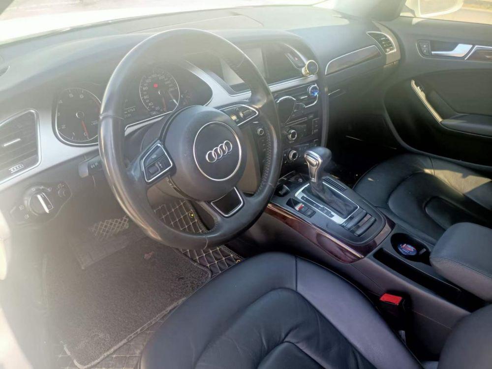 奥迪A4L 2015款 奥迪A4L 35 TFSI 自动标准型