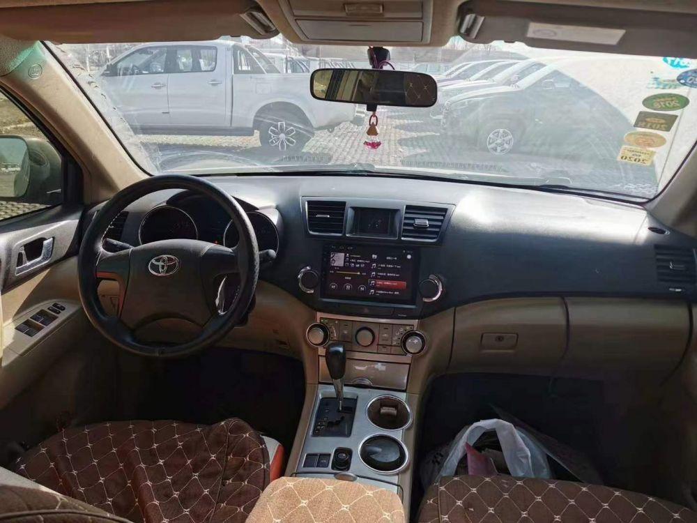 准15年丰田汉兰达,2.7两驱标配丰田 汉兰达