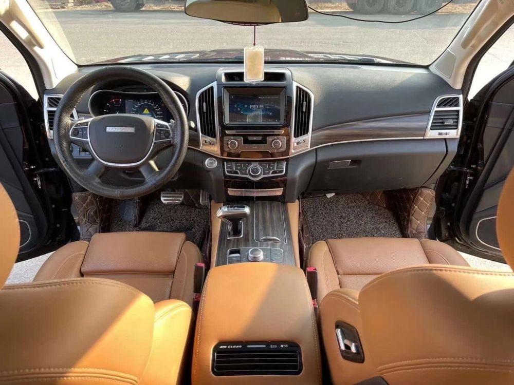 哈弗H9 2017款 哈弗H9 2.0T 柴油四驱舒适型 7座