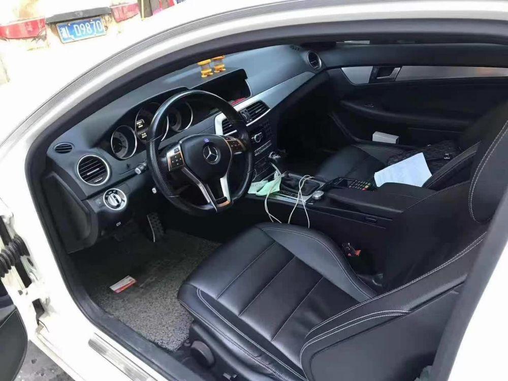 奔驰C级 2015款 奔驰C级 C180L