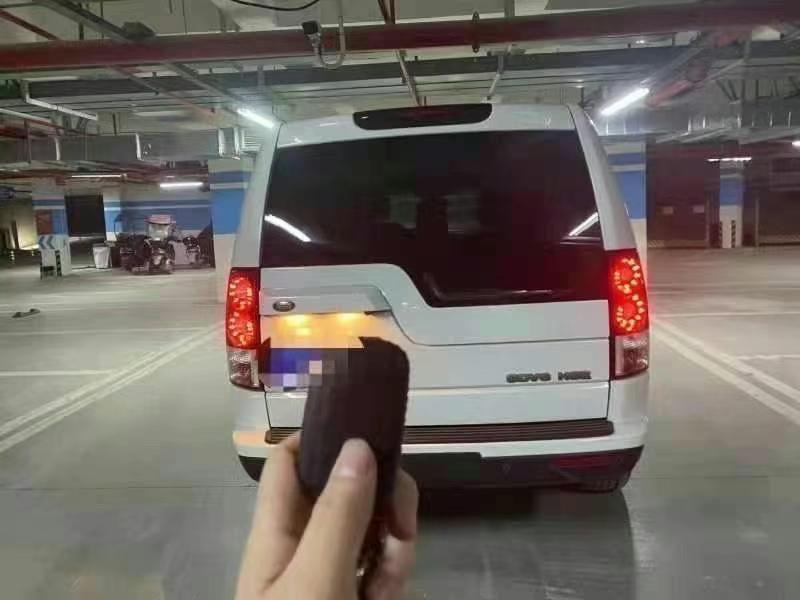 路虎 发现(进口) 2013款 发现(进口) 第四代 3.0 SDV6 HSE 柴油版