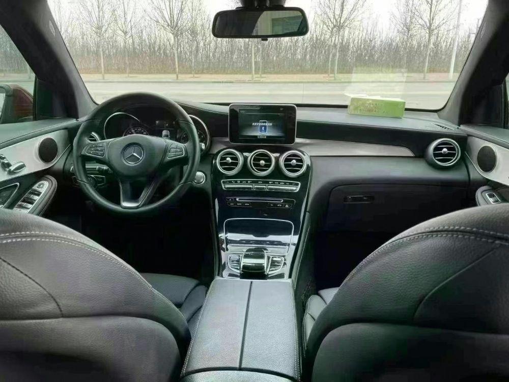 奔驰GLC级 2019款 奔驰GLC级 GLC 260 L 4MATIC 豪华型
