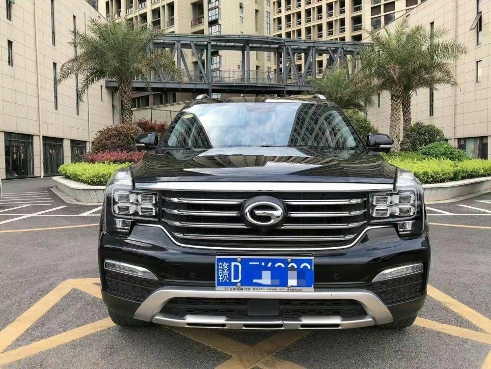 广汽传祺 传祺GS8 2017款 传祺GS8 320T 两驱尊贵版(七座)