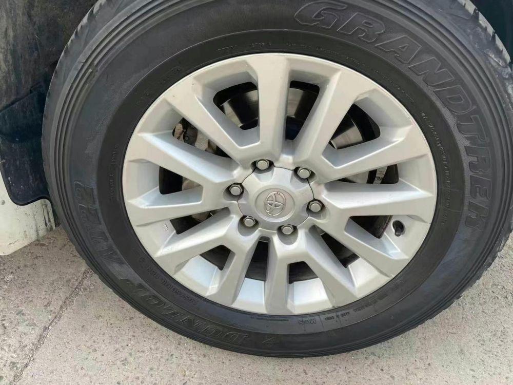 丰田 普拉多(进口) 2017款 普拉多(进口) 2700 VXS 阿曼升级版