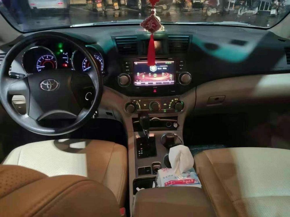 15年丰田汉兰达丰田 汉兰达 2013款 汉兰达 2.7L 自动 紫金版 5座 两驱