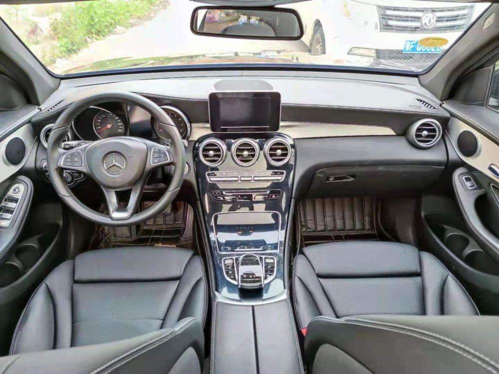 奔驰glc奔驰 奔驰GLC级 2016款 奔驰GLC级 GLC200 4MATIC