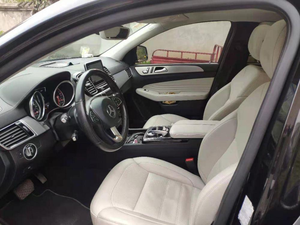奔驰轿跑奔驰 奔驰GLE级(进口) 2017款 奔驰GLE级(进口) GLE400 4MATIC 轿跑SUV