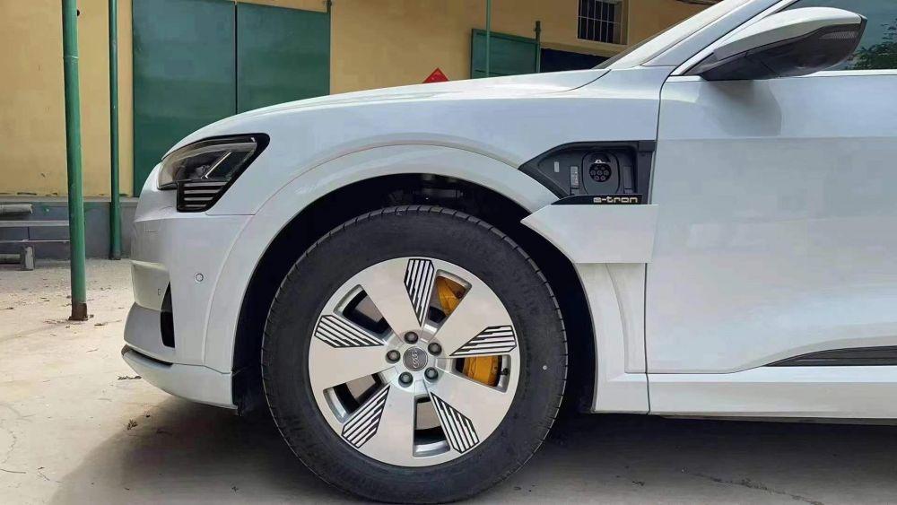 奥迪e-tron(进口) 2019款 奥迪e-tron(进口) 55 quattro 技术型