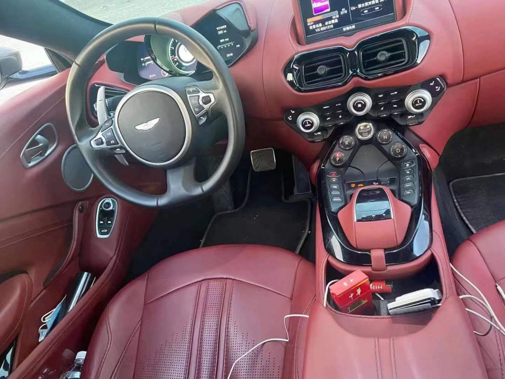 阿斯顿·马丁 V8 Vantage(进口) 2018款 V8 Vantage(进口) 4.0T V8