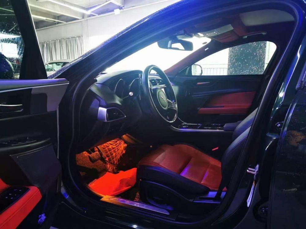 捷豹XE(进口) 2017款 捷豹XE(进口) 2.0T 240PS R-SPORT