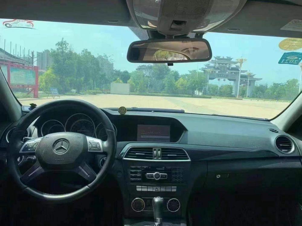 奔驰C级 2013款 奔驰C级 C 180 CGI 经典型