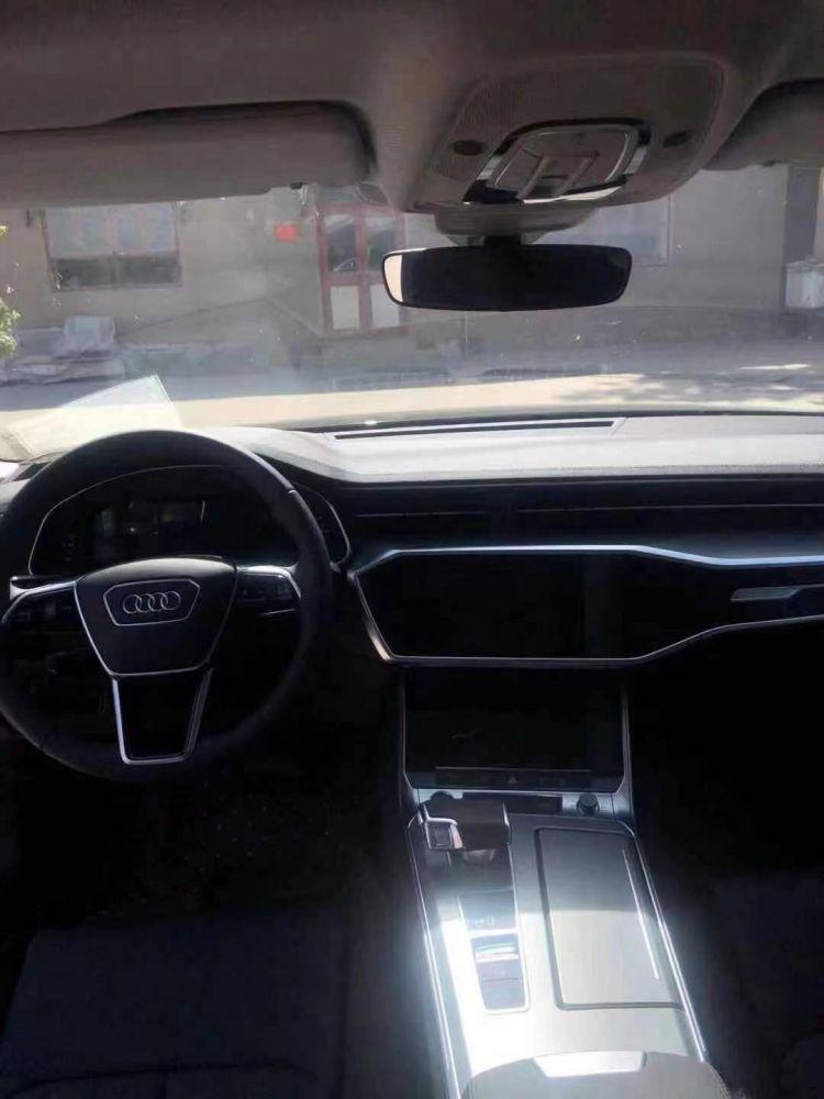 2021年最新款奥迪A6L奥迪A6L