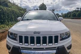 16年进口吉普指南者,2.4自动四驱,Jeep 指南者抵押车