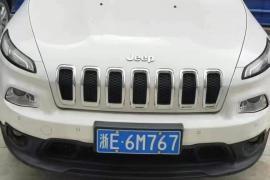 17年吉普自由光,排量2.4,2驱,Jeep 自由光抵押车