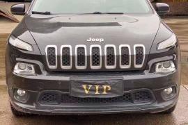 16年底吉普自由光、2.0自动档顶配、Jeep 自由光 2016款 自由光 2.4L 专业版抵押车